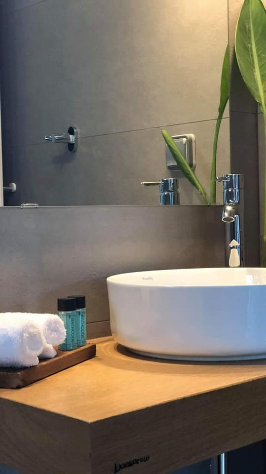 bathroom2_916